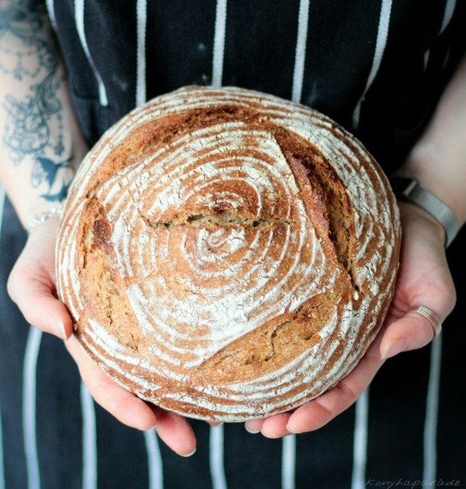 alakor lisztes kovászos kenyér